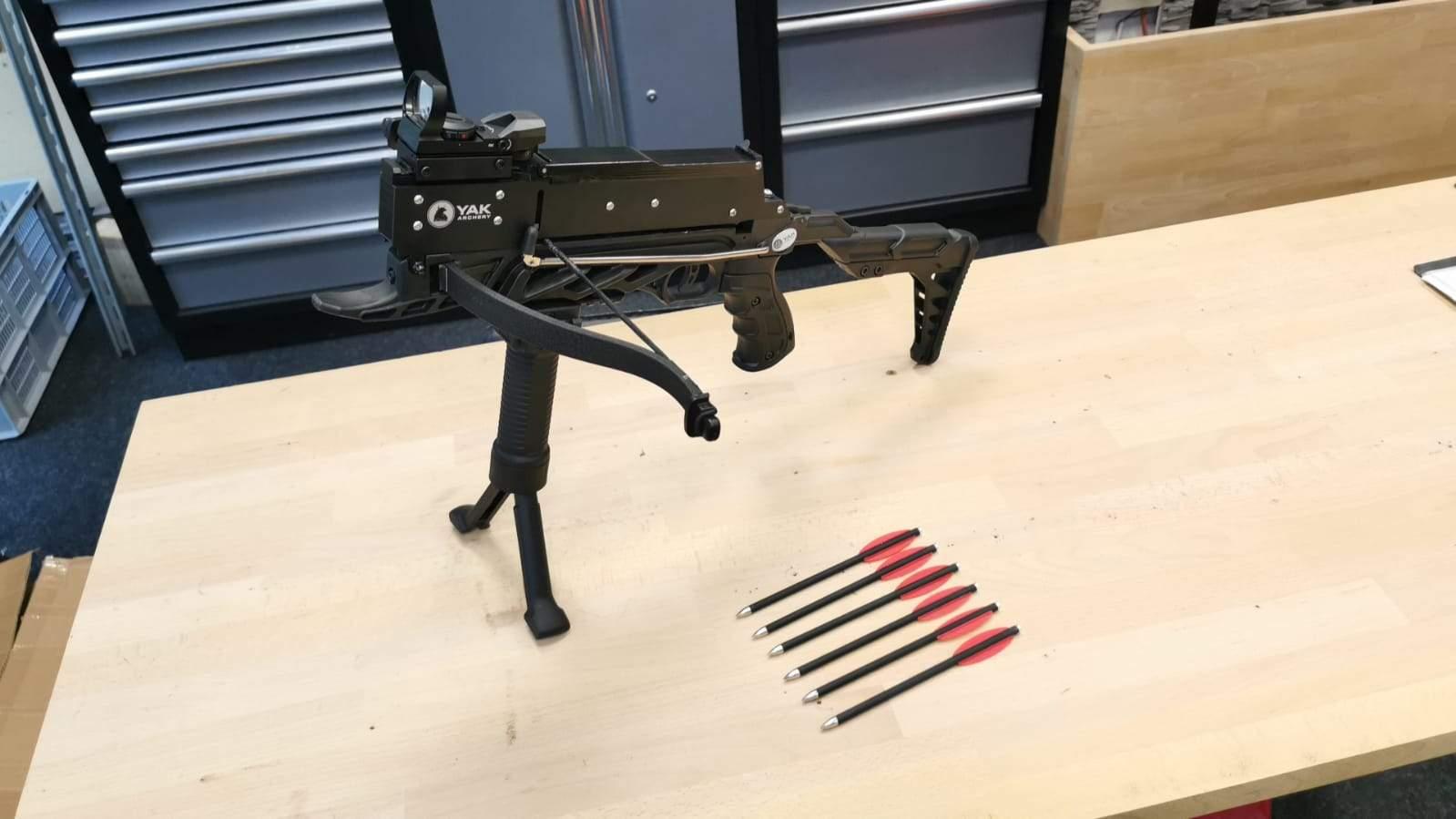 YAK Archery Pistolenarmbrust Terminator II Frontgriff Zweibein / Identitäts- und Altersprüfung durch DHL: +1.90 EUR