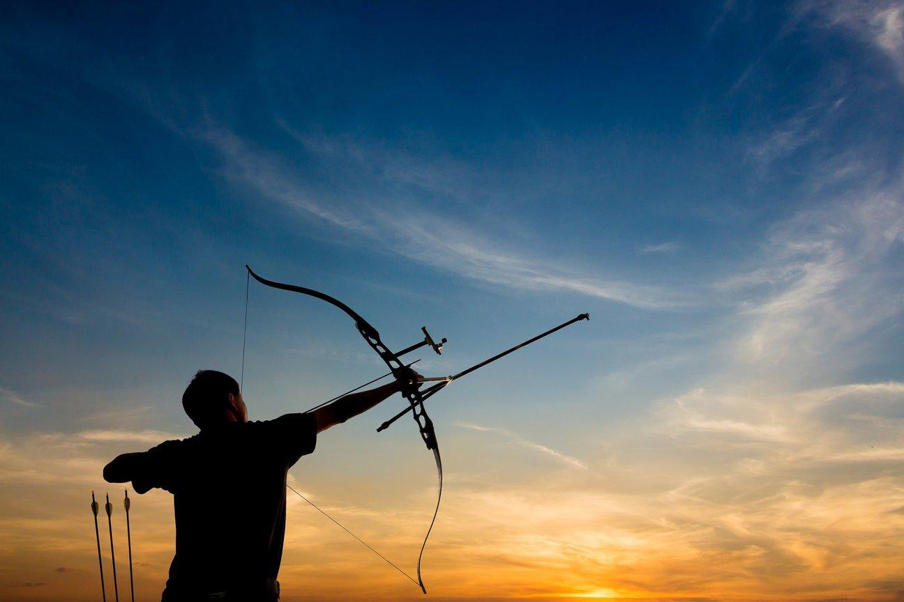 Recurve Bogenschütze Hintergrund Himmel